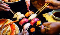 asian-chopsticks-crab-697058